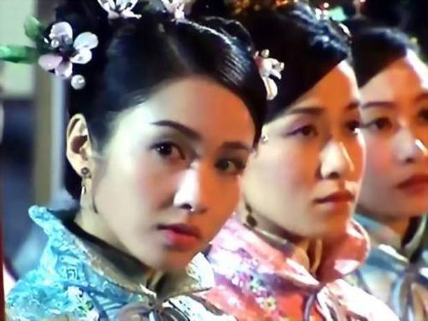 Cung đấu Hoàng gia Thái Lan đã là gì so với 6 phim này: Ngô Cẩn Ngôn hô mưa gọi gió, Ha Ji Won chẳng sợ trời cao đất dày - Ảnh 6.