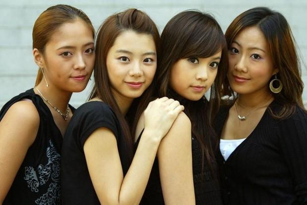 Ai ngờ loạt diễn viên nữ siêu hot xứ Hàn này từng là idol Kpop: Mờ nhạt rồi đổi đời, người còn lấy đại gia giải trí - Ảnh 1.