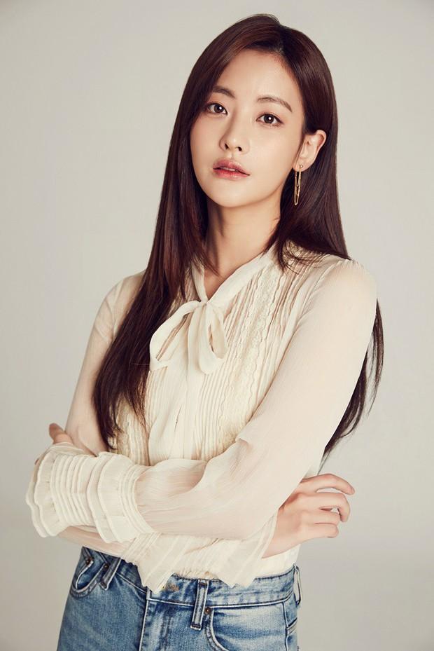 Ai ngờ loạt diễn viên nữ siêu hot xứ Hàn này từng là idol Kpop: Mờ nhạt rồi đổi đời, người còn lấy đại gia giải trí - Ảnh 5.