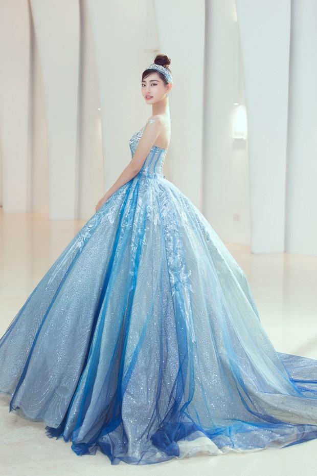 Khoảnh khắc xinh đẹp: Dàn Hoa hậu, Á hậu đình đám Vbiz đọ sắc, hoá Cinderella lộng lẫy như bước ra từ cổ tích - Ảnh 8.