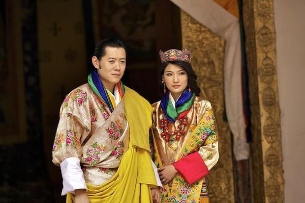 Hoàng tộc khắp thế giới tụ hội mừng Nhật hoàng Naruhito đăng quang - Ảnh 1.