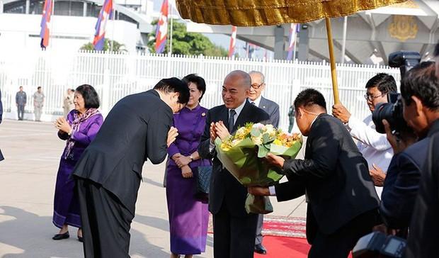 Hoàng tộc khắp thế giới tụ hội mừng Nhật hoàng Naruhito đăng quang - Ảnh 2.