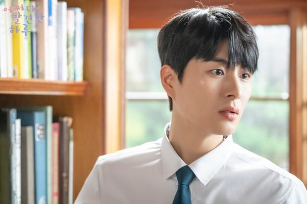 Nhìn lại 5 diễn viên tân binh nổi bật xứ Hàn năm 2019: Toàn mĩ nam - mĩ nữ nhan sắc đỉnh cao, tài năng có thừa - Ảnh 17.