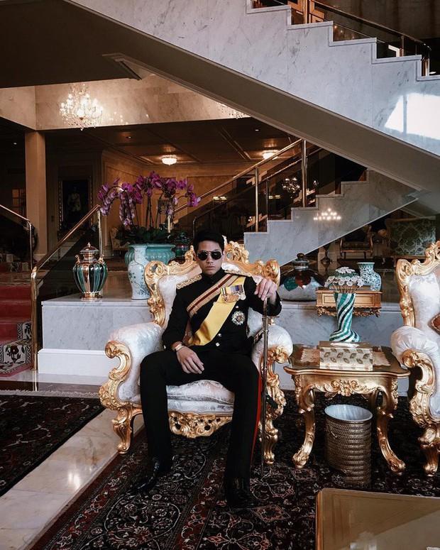 Dân mạng phát sốt với Hoàng tử Brunei lịch lãm trong Lễ đăng quang của Nhật hoàng Naruhito, lý lịch đúng chuẩn đẹp trai, nhà giàu, tài giỏi - Ảnh 12.
