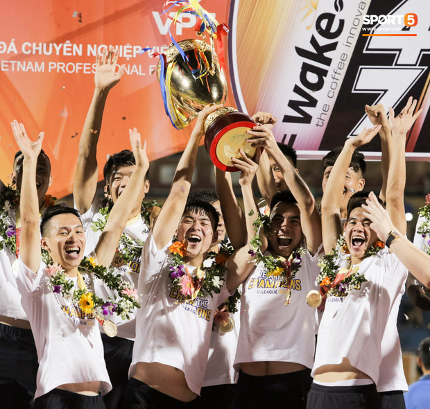 Tân Chủ tịch 9x của Hà Nội FC: Hành trình mới xoá mác công tử và thể hiện uy quyền của người trẻ - Ảnh 4.