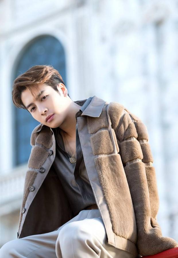 Jackson trở lại với MV mới và đạt ngay thành tích Lay (EXO) từng có, mở đường thuận lợi cho GOT7 tái xuất - Ảnh 3.