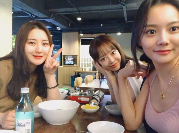 Nữ blogger xứ Hàn chia sẻ bí quyết giảm 22kg nhưng dân mạng lại chăm chăm xuýt xoa nhan sắc càng ngắm càng mê - Ảnh 5.