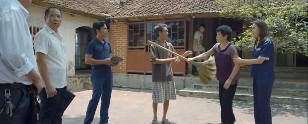Preview Hoa Hồng Trên Ngực Trái tập 23: Thái cho bán nhà, mẹ Khuê sôi máu kêu thằng mất dạy đó về đây! - Ảnh 3.