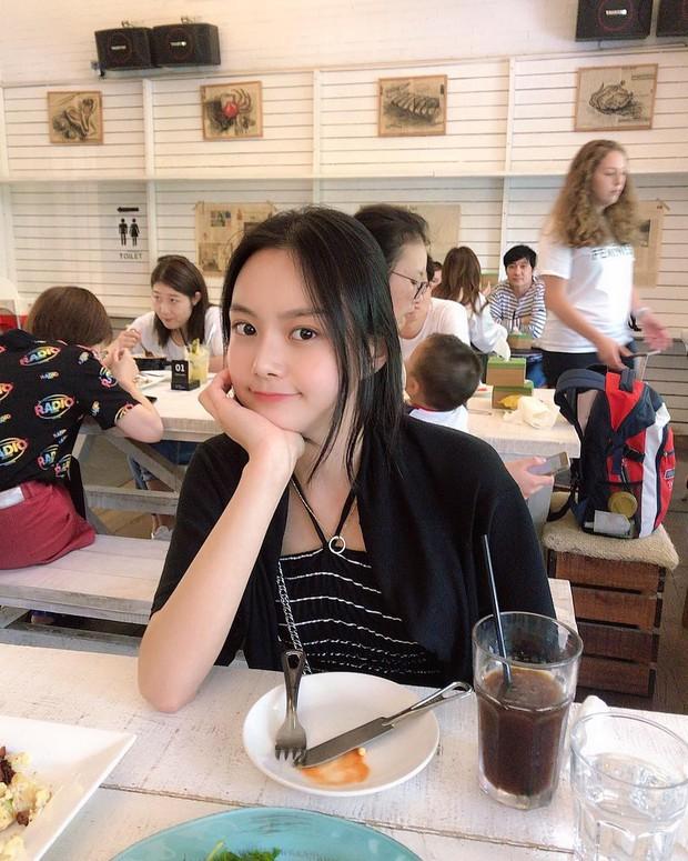 Nữ blogger xứ Hàn chia sẻ bí quyết giảm 22kg nhưng dân mạng lại chăm chăm xuýt xoa nhan sắc càng ngắm càng mê - Ảnh 7.