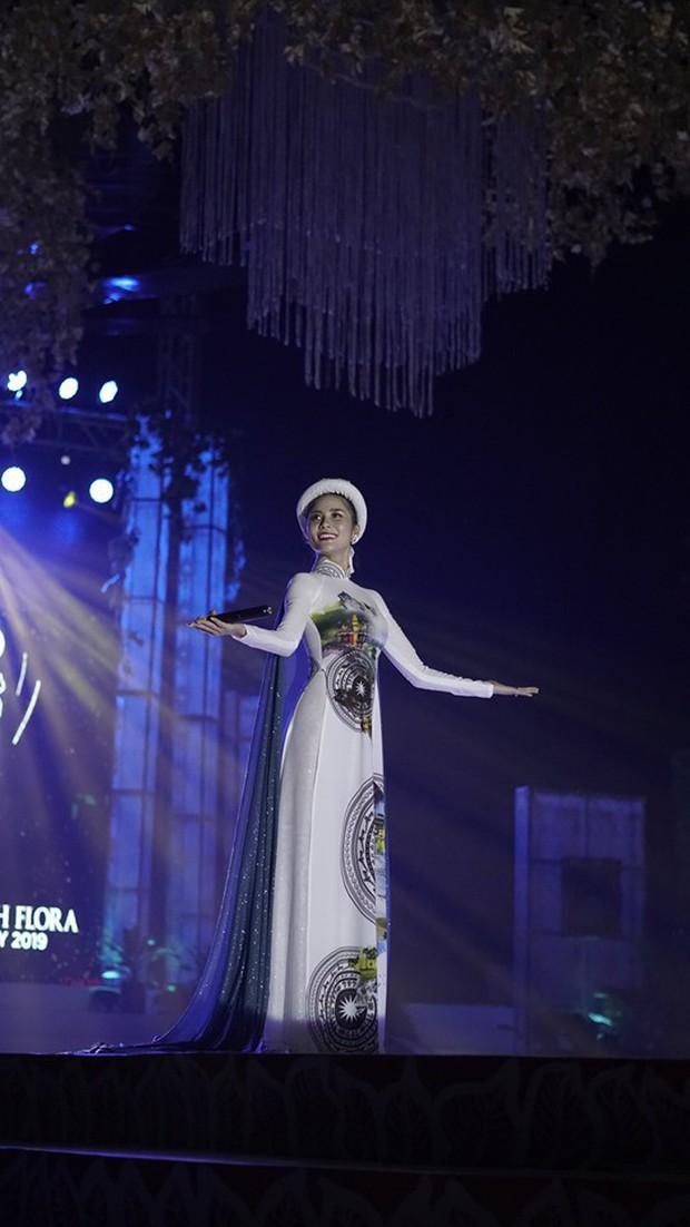 Netizen Việt kêu trời vì phần thi tài năng hát như tra tấn của Hoàng Hạnh tại Miss Earth, sao không tận dụng lợi thế? - Ảnh 2.