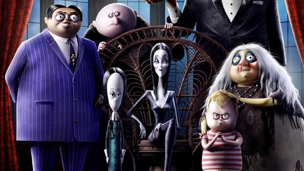 Cười đến nội thương với Gia Đình Addams - Hoạt hình kinh dị hài tét rún mùa Halloween - Ảnh 1.