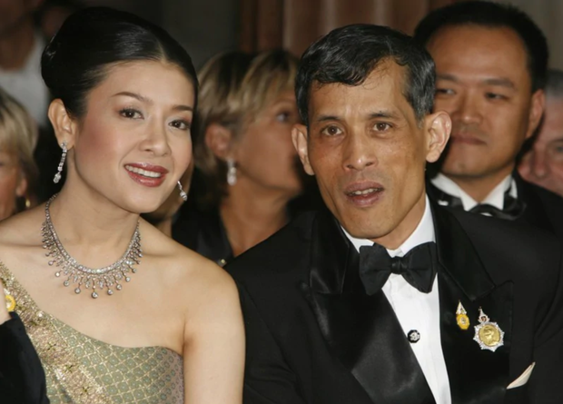 Quốc vương Thái Lan - vị vua với một hậu cung đầy sóng gió cùng 5 người phụ nữ và 4 lần phế truất - Ảnh 3.