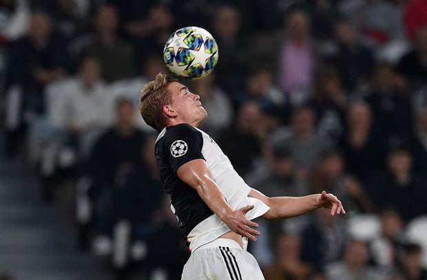 Sao trẻ mắc sai lầm, Ronaldo tịt ngòi nhưng Juventus vẫn may mắn được hot boy cứu vớt - Ảnh 1.