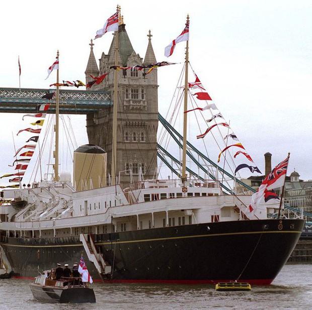 Lời nguyền trăng mật trên chiếc du thuyền sang trọng bậc nhất hoàng gia: 4 cặp đôi đều tan nát gia đình, trong đó có 3 người con của Nữ hoàng Anh - Ảnh 1.