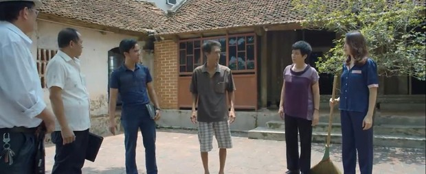 Preview Hoa Hồng Trên Ngực Trái tập 23: Thái cho bán nhà, mẹ Khuê sôi máu kêu thằng mất dạy đó về đây! - Ảnh 2.