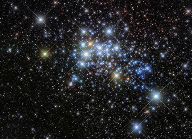 Những hình ảnh vũ trụ của NASA khiến bạn hoàn toàn choáng ngợp - Ảnh 13.