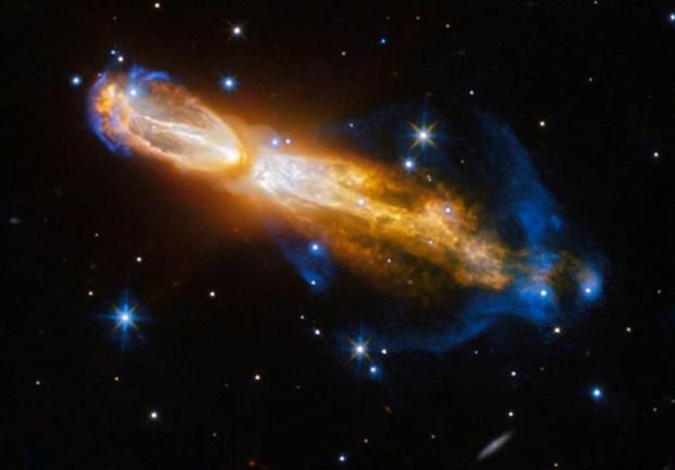Những hình ảnh vũ trụ của NASA khiến bạn hoàn toàn choáng ngợp - Ảnh 3.