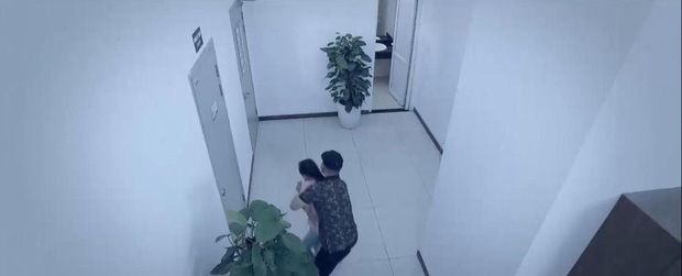 Preview Hoa Hồng Trên Ngực Trái tập 23: Thái cho bán nhà, mẹ Khuê sôi máu kêu thằng mất dạy đó về đây! - Ảnh 8.