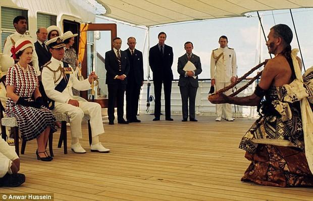 Lời nguyền trăng mật trên chiếc du thuyền sang trọng bậc nhất hoàng gia: 4 cặp đôi đều tan nát gia đình, trong đó có 3 người con của Nữ hoàng Anh - Ảnh 5.