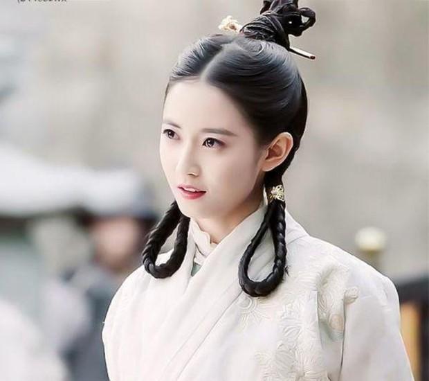 10 diễn viên Hoa ngữ cứ khoác áo lụa trắng lên là biến ngay thành thần tiên thoát tục ai nhìn cũng cưng - Ảnh 15.