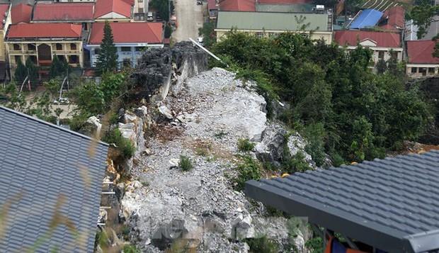 Cận cảnh siêu dự án Panorama phiên bản Đồng Văn bị đình chỉ - Ảnh 7.