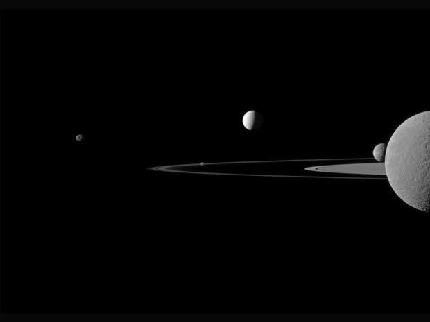 Những hình ảnh vũ trụ của NASA khiến bạn hoàn toàn choáng ngợp - Ảnh 9.