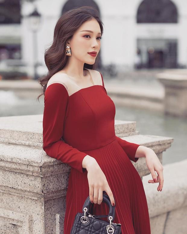 Từ trước khi yêu Phillip, Linh Rin đã có kha khá túi hiệu, tổng giá trị ngót nghét nửa tỷ đồng - Ảnh 2.