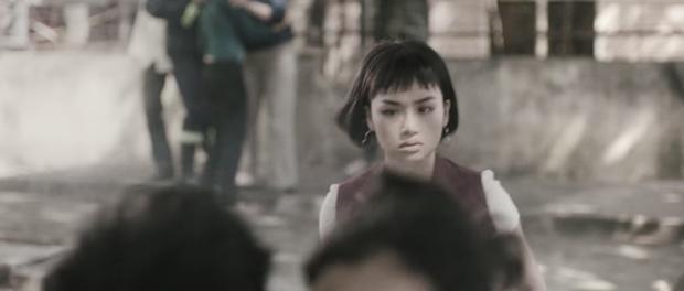Ám ảnh thắt lòng đôi mắt ầng ậc nước của Miu Lê khi chứng kiến bồ bội bạc trong MV mới - Ảnh 7.