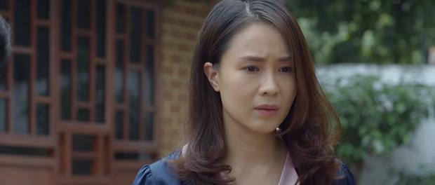 Hoa Hồng Trên Ngực Trái tập 23: Tính mạng con gái bị đe doạ mà Thái vẫn mải tranh nhà, cướp đất từ Khuê - Ảnh 2.