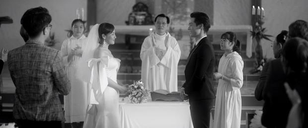 Sốc: Văn Mai Hương khóa môi Đồng Ánh Quỳnh cực nồng nàn trong MV song ca với Bùi Anh Tuấn, plot twist đến tận giây cuối cùng - Ảnh 2.