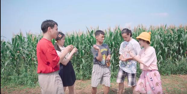 Hậu Hoàng tung MV chế lại bài hit Thằng Tàu Lai mang về cả bầu trời tuổi thơ, sẽ đe dọa vị trí trending của Miu Lê, Văn Mai Hương? - Ảnh 3.