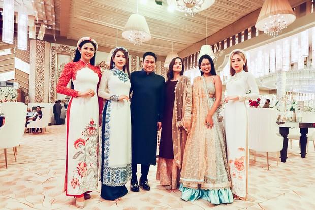 Ngọc Hân, Phương Nga dự đám cưới 5 ngày của con gái đại gia Ấn Độ: Diện Áo dài nền nã, nổi bật bên cô dâu chú rể - Ảnh 2.