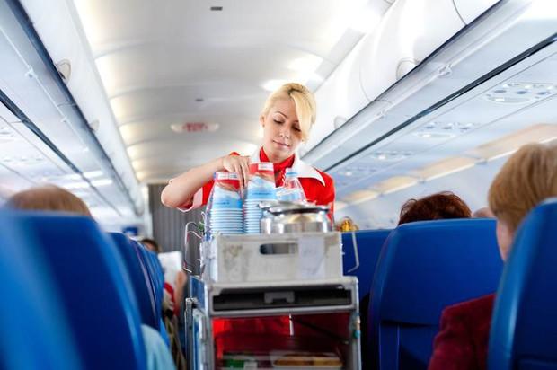 16 bí mật trên máy bay mà các tiếp viên không bao giờ để lộ với hành khách, nhưng có những dấu hiệu để nhận ra chúng (Phần 2) - Ảnh 3.