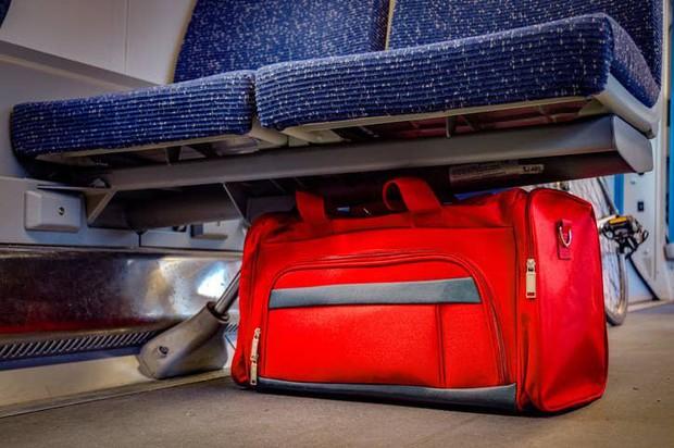 16 bí mật trên máy bay mà các tiếp viên không bao giờ để lộ với hành khách, nhưng có những dấu hiệu để nhận ra chúng (Phần 2) - Ảnh 9.