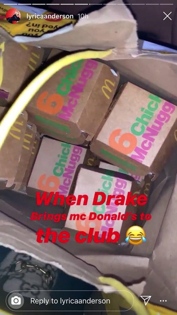 2 năm sau tuyên bố không còn là bạn và chia tay, Rihanna bỗng có động thái khiến tình cũ Drake không khỏi bất ngờ - Ảnh 2.