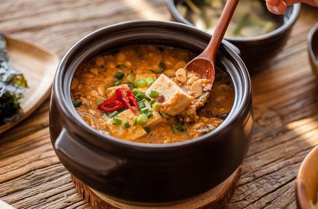 """Hàn Quốc có 6 món ăn kỳ lạ tới mức """"rùng mình"""", ấy vậy mà du khách nào cũng đòi thử bằng được mới lạ! - Ảnh 4."""
