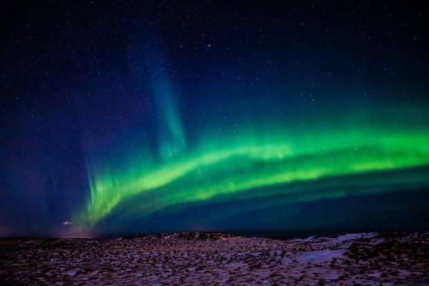 Trải nghiệm chỉ vài phần trăm dân số được thử trong đời: Săn Bắc Cực Quang hốt hình sống ảo đẹp như một giấc mơ - Ảnh 5.