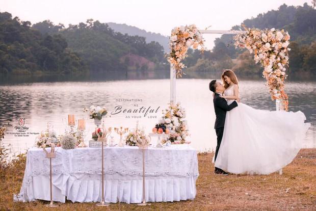 Cận ngày trọng đại, rapper LiL Knight (LK) nhá hàng ảnh cưới đẹp long lanh bên bạn gái hotgirl - Ảnh 1.