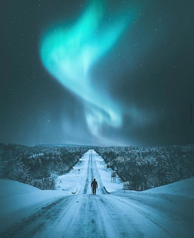 Trải nghiệm chỉ vài phần trăm dân số được thử trong đời: Săn Bắc Cực Quang hốt hình sống ảo đẹp như một giấc mơ - Ảnh 9.