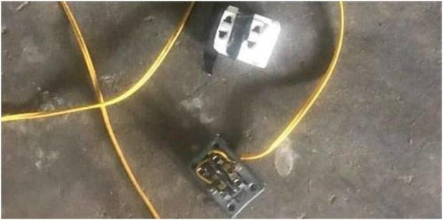 Nóng: Học sinh lớp 2 bị điện giật tử vong trong giờ ra chơi tại Hà Nội - Ảnh 1.