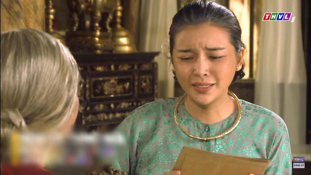 """Nghiệp quật bà Hội (Tiếng Sét Trong Mưa): Vừa giao tài sản bị Hai Sáng """"trả lễ"""" bằng áo lót của trai làng - Ảnh 3."""