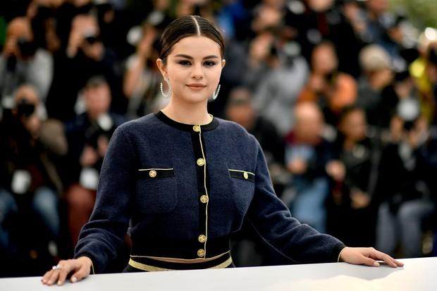 Sau khi Justin Bieber lấy vợ, Selena Gomez dạo này ngày càng đẹp hơn bội phần là thế nào? - Ảnh 8.