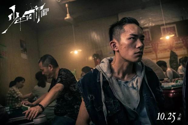 Em Của Niên Thiếu bùng nổ doanh thu đặt trước tại Trung Quốc: Châu Đông Vũ xuống tóc thu phục trái tim khán giả - Ảnh 4.