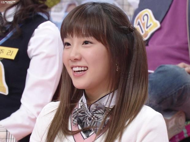 Taeyeon: Nạn nhân bị bắt nạt đến trầm cảm, chứng kiến 2 người bạn ra đi và cách mạnh mẽ vượt qua khiến cả Kpop nể phục - Ảnh 6.