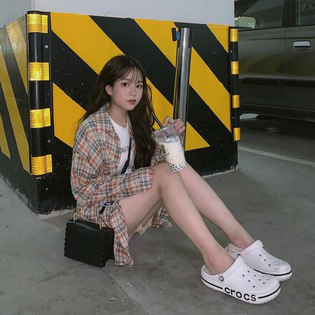 Bạn gái tin đồn của Quang Hải chứng minh: Cao 1m52 vẫn mặc đẹp như thường nhờ tài hack dáng, mặt xinh bù đắp tất cả! - Ảnh 7.