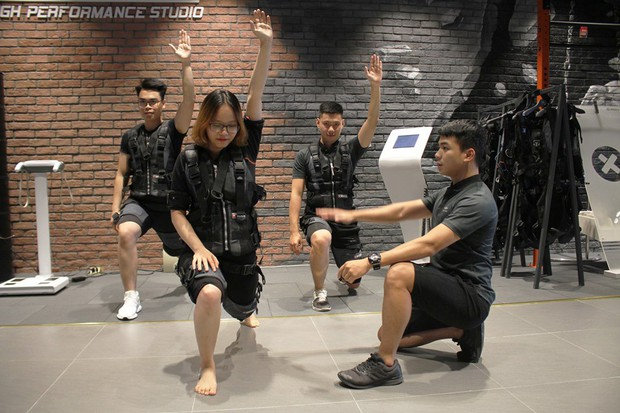 Quỳnh Anh Shyn đang mê mệt phương pháp tập gym mới toanh, giúp đốt cháy 1.200 calories trong 25 phút - Ảnh 9.