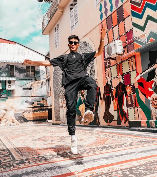 """Phát sốt bộ ảnh review Malaysia với loạt kinh nghiệm """"xịn sò"""", chị em vào xem ảnh thì ít mà… ngắm trai đẹp là chủ yếu! - Ảnh 9."""