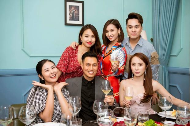 Lâu rồi mới thấy hội bạn thân Việt Anh tụ họp đông đủ: 90% là độc thân, toàn trai xinh gái đẹp đình đám Vbiz - Ảnh 4.