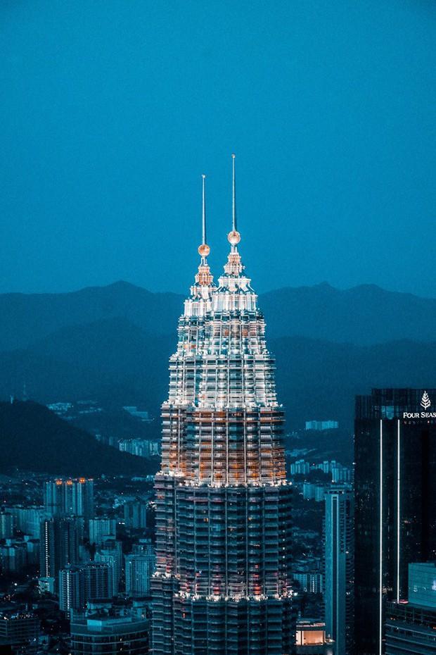 """Phát sốt bộ ảnh review Malaysia với loạt kinh nghiệm """"xịn sò"""", chị em vào xem ảnh thì ít mà… ngắm trai đẹp là chủ yếu! - Ảnh 13."""
