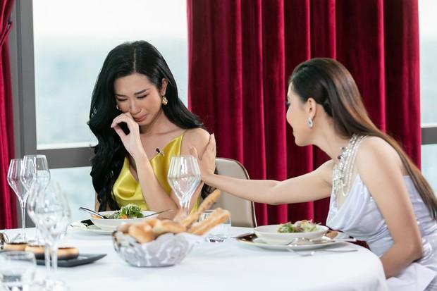 Bất ngờ với khả năng ngoại ngữ của thí sinh Hoa hậu Hoàn vũ VN: Cô gái Việt kiều lại không nói được tiếng Anh - Ảnh 3.